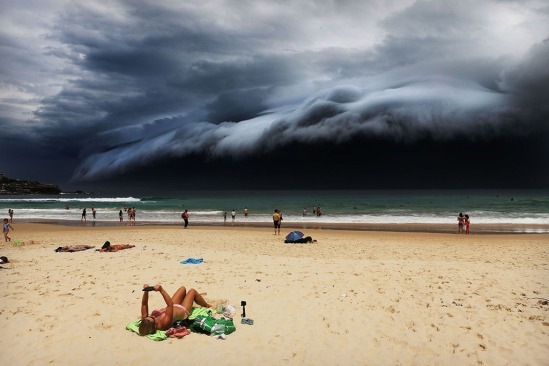 foto-rohan-kelly-storm-front-on-bondi-beach